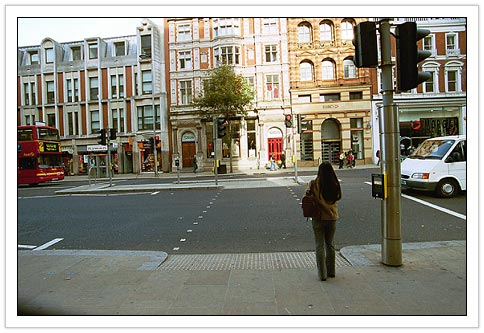Kensington High Street - New, Uncluttered, Straight Across Crossing