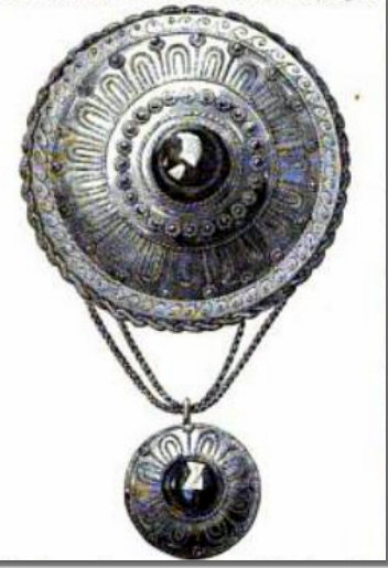 Balleny Pendant Enlarged-cropped